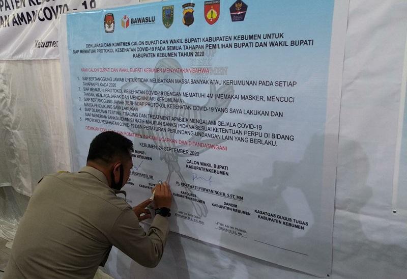 Penandatanganan Pakta Integritas dan Deklarasi Damai Pilkada Kebumen Tahun 2020
