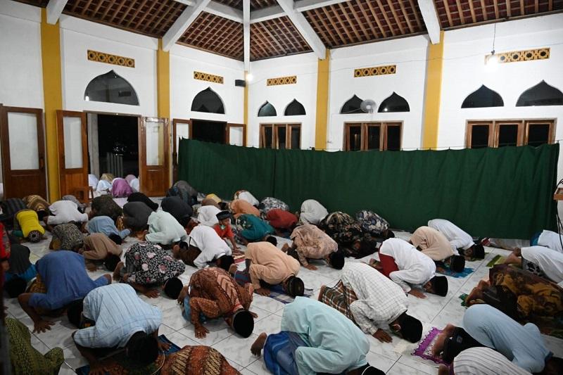 Bupati Agendakan Tarawih Keliling ke Berbagai Desa Selama Ramadhan