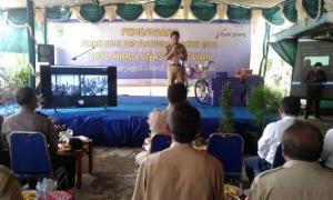Warga Desa Rantereja Klirong Bayar PBB Sehari Lunas